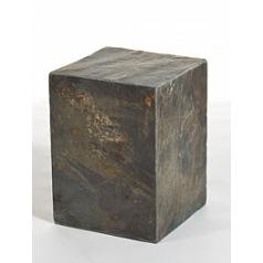 Пьедестал Nieuwkoop Everest flamy pillar grey, серого цвета rusty, ржавая фактура slate blocks